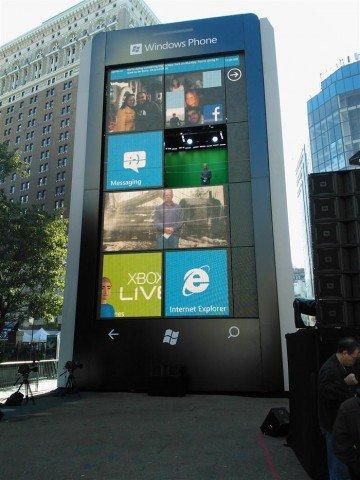 Un Windows Phone gigante en New York