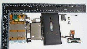 Destripando a Nokia Lumia 800