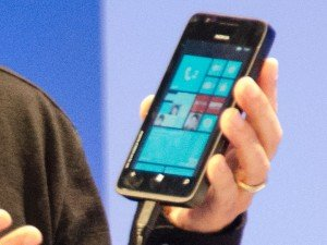 Nokia con Windows Phone 8, un vistazo mas cercano a un prototipo