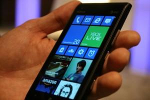 Nokia Lumia 900 Con WP 7.8
