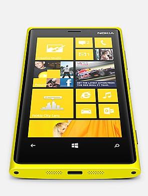 Primeros vídeos Unboxing de HTC 8X y Nokia 920 con AT&T