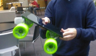 Microsoft convierte la Surface en un patinete