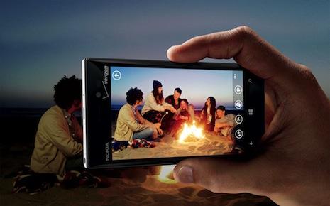 Lumia-928-Beach-Fire
