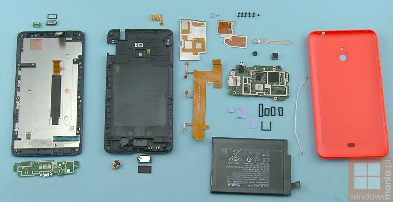 Nokia Lumia 1320 en piezas