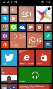 Como configurar la pantalla de inicio en Windows Phone 8.1