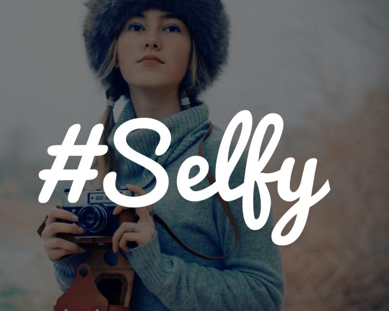 Selfy, red social