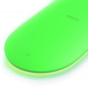 Nokia DT-903 en verde y con luz activada