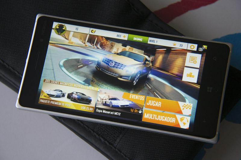 Nokia Lumia 830 (2)