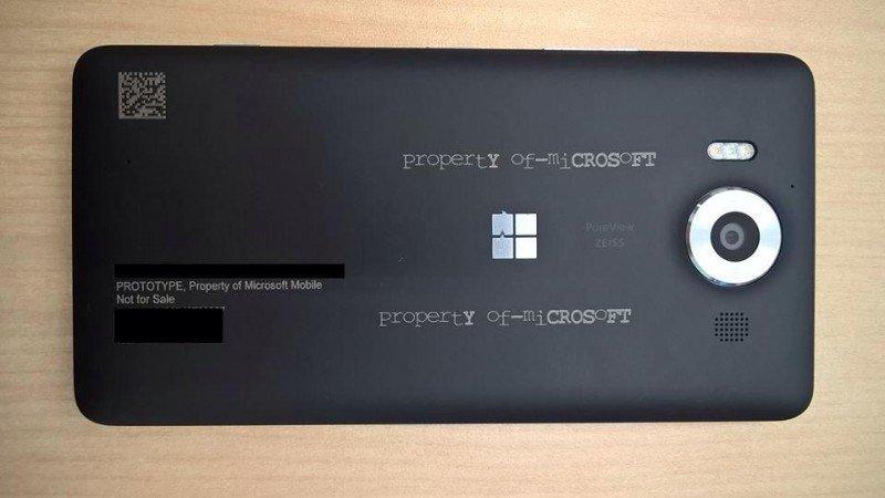 Lumia-950-3