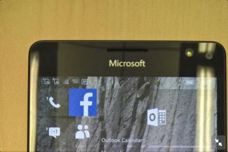 Lumia-950XL-1