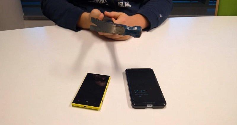 lumia-950 martillo