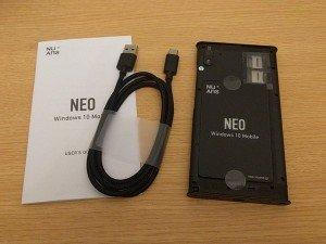 Desempaquetado del NuAns NEO, el gama media con Windows 10 Mobile para el mercado japonés [Video]