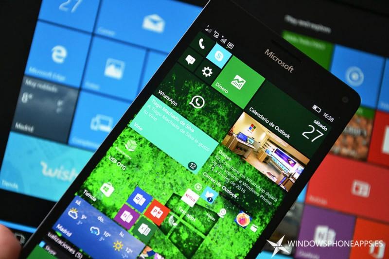"""Las mejoras para Continuum y Luz Nocturna llegarán a Windows 10 Mobile """"en su debido momento"""""""