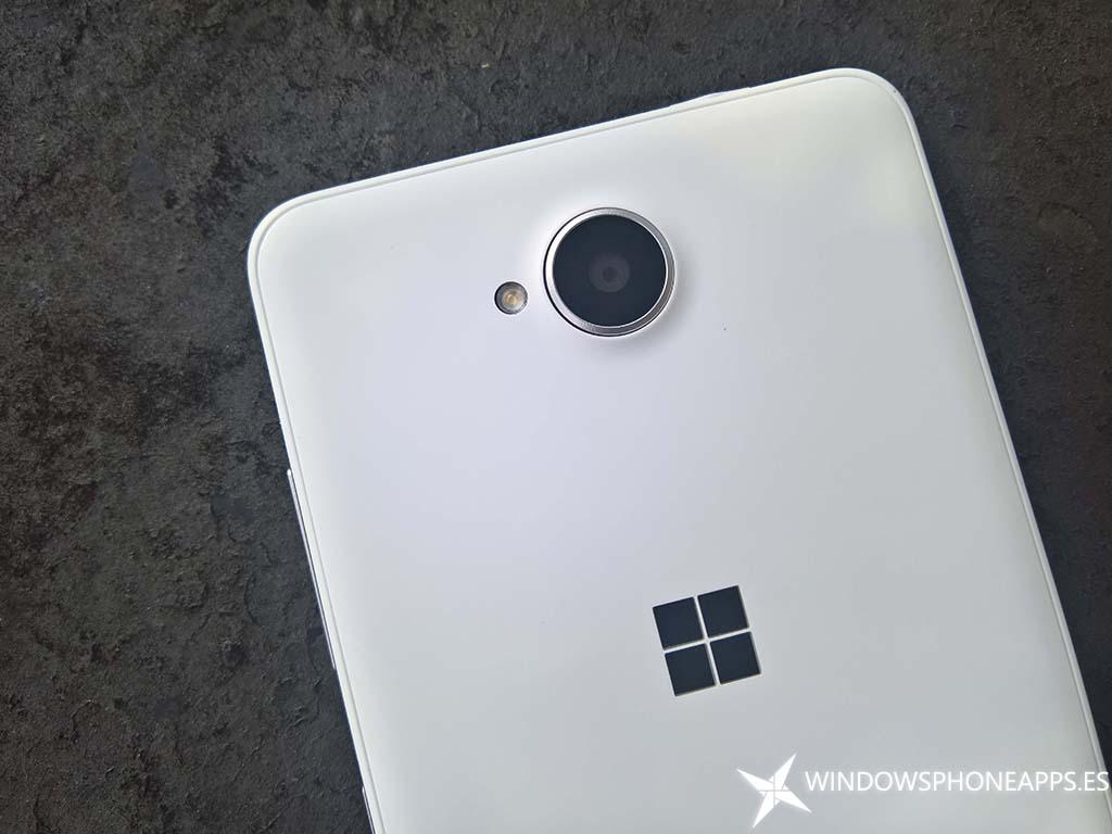 Lumia 650-12