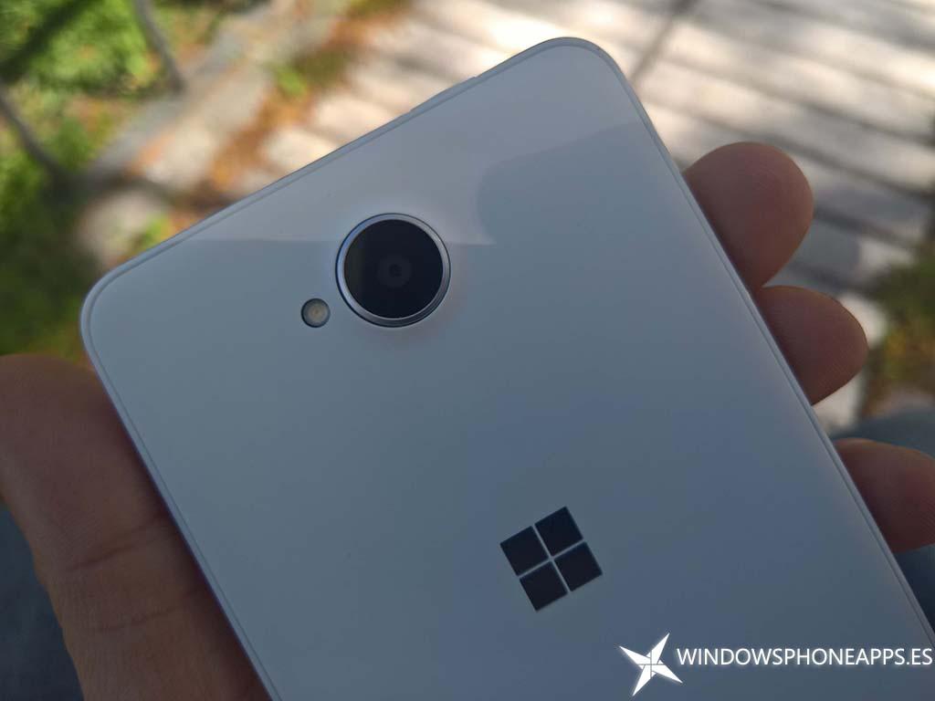 Lumia 650-9