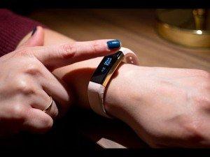 El Fitbit Alta ya se encuentra disponible para su compra