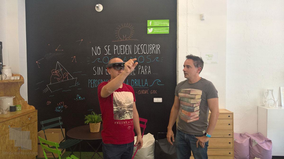 Microsoft-HoloLens-WPA-Pedro