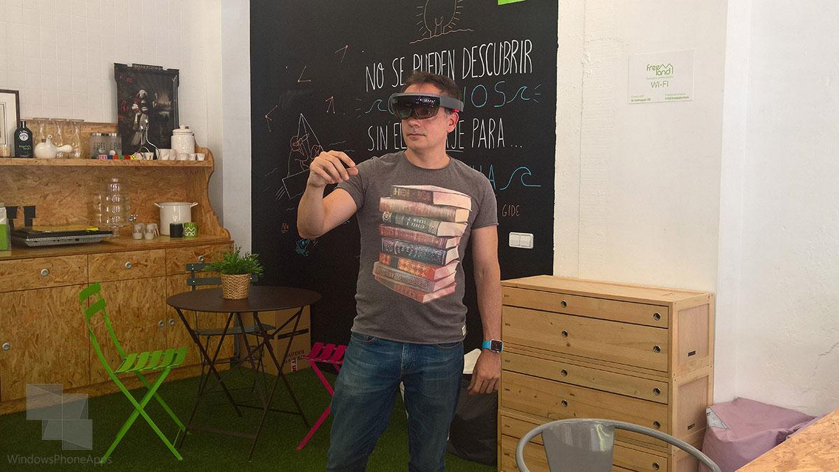 Microsoft-HoloLens-WPA-zerintia