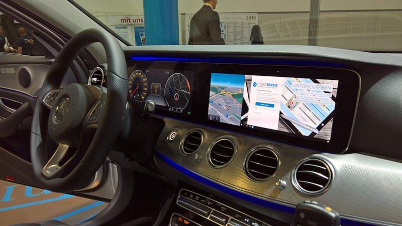 Así funciona Continuum con el HP Elite X3 en un Mercedes Clase E [Vídeo]