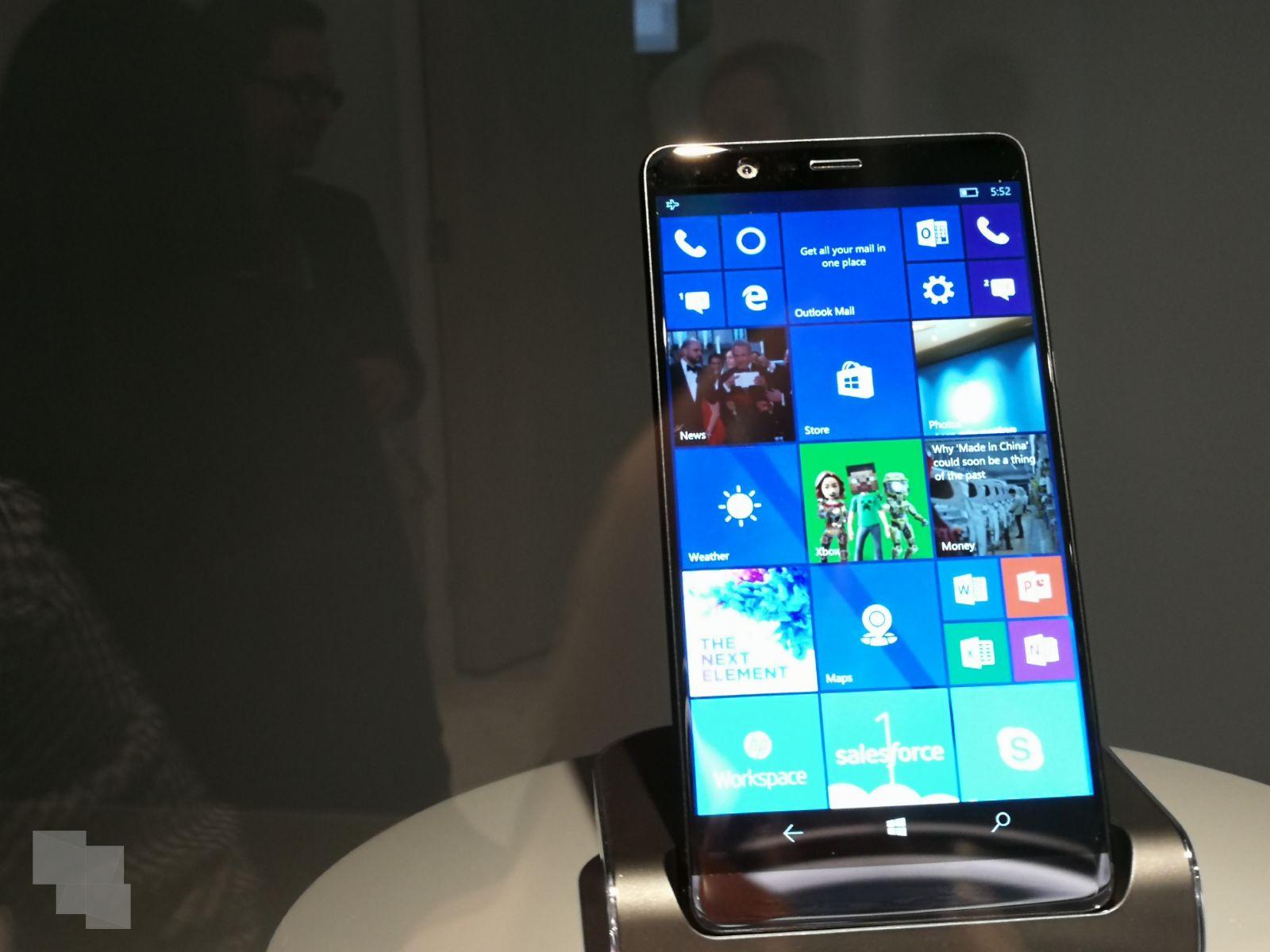 Futuro ejemplo HP™ con Windows™ diez Mobile