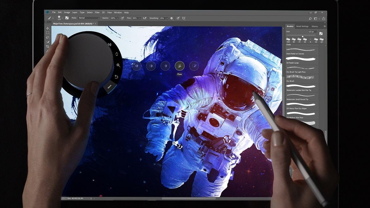 Adobe anuncia beneficios para los usuarios de Surface de Microsoft