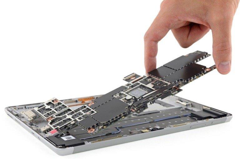 Si piensas reparar tu mismo tu Surface Go ¡Lo llevas crudo!